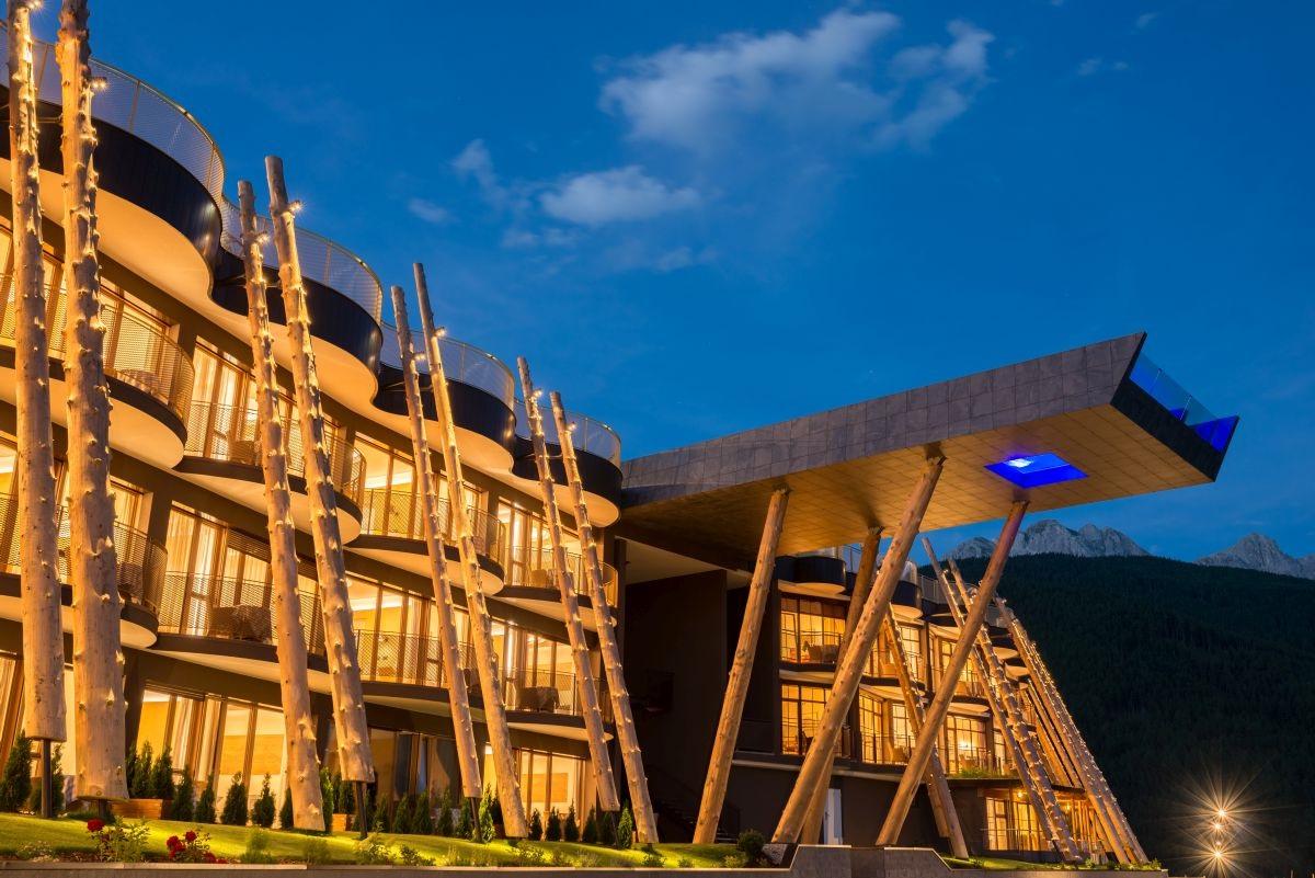 Hotel in olang alpin panorama hotel hubertus for Designhotel hubertus alpin lodge spa